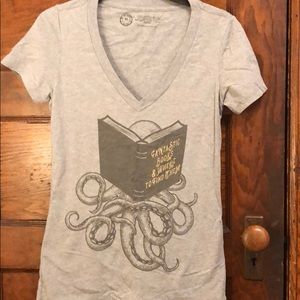 Tops - Out of Print t-shirt
